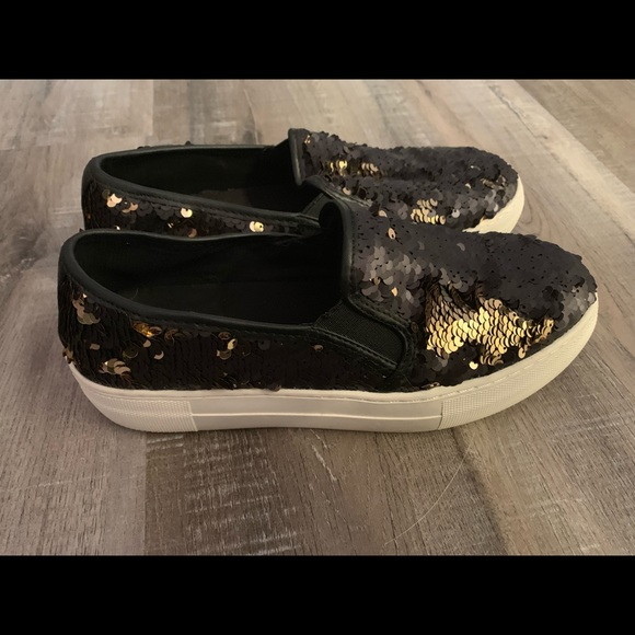 Steve Madden Shoes | Black And Gold